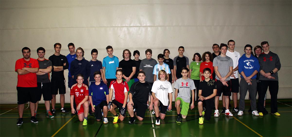 Training Fr. 10. Jan.: voller Vorfreude bereitet sich die U15 Flag auf die kommende Saison vor (Foto: Konnerth)